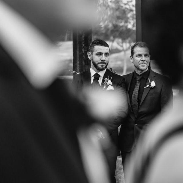 Esperando la ceremonia de boda