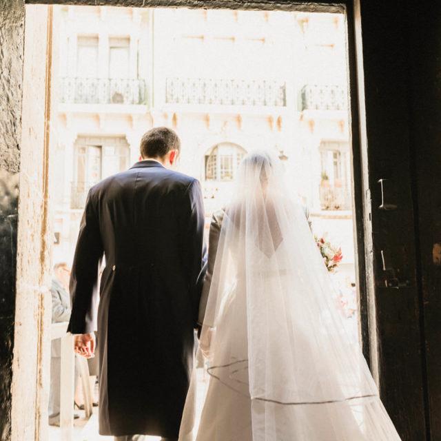 Recien casados en Concatedral de San Nicolas