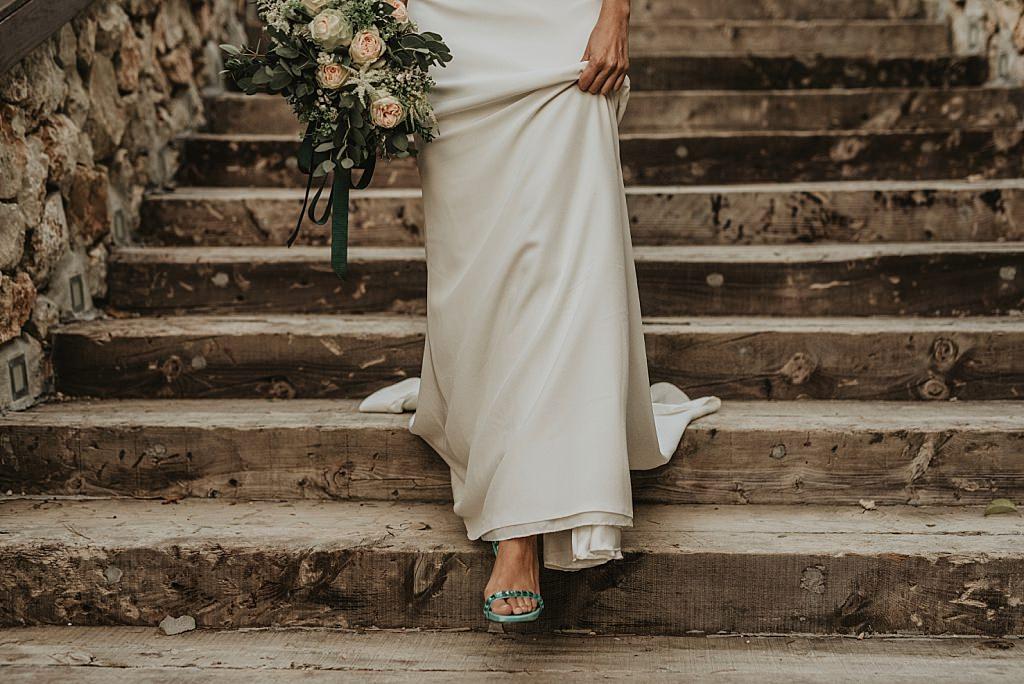Detalles de una novia elegante