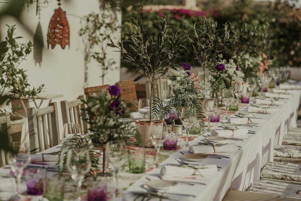 Mesas alargadas para bodas originales